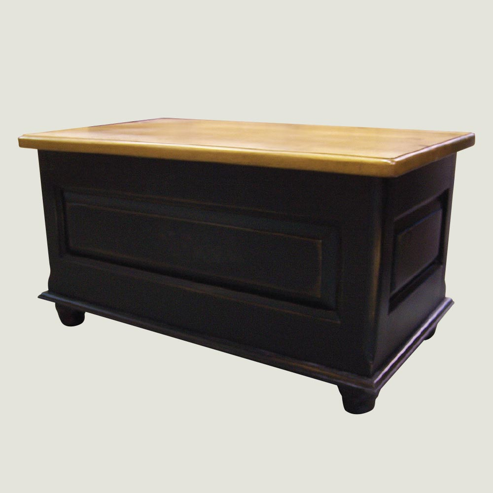 Deluxe raised panel blanket box true north for Q furniture abbotsford